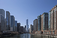 United States, Illinois, Chicago, View of Skyscraper along Chicago River - FO005112