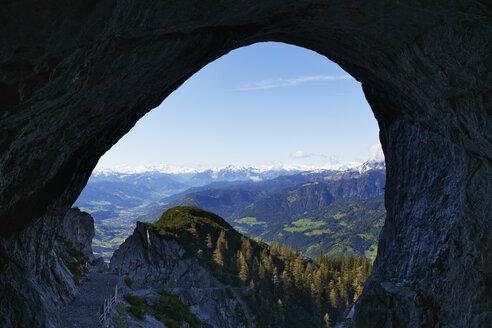 Austria, Salzburg, View of ice cave Werfen - SIE003886