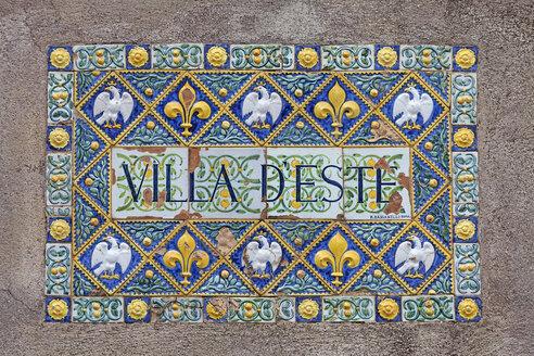 Italy, Door plate of Villa d'Este, close up - HA000114