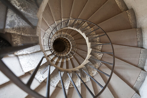 Italy, Spiral stairs in Villa d'Este - HA000110