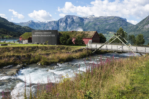 Norway, View of Jostedalsbreen National Park and wooden bridge - HWO000037
