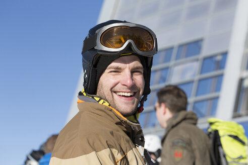 Austria, Innsbruck, Portrait of mid adult man, smiling - MABF000108