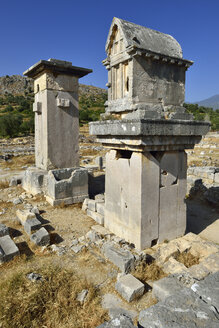 Turkey, View of Harpi tomb and lycian sarcophagus - ES000418