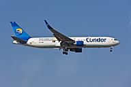 Germany, Hesse, Aeroplane landing at airport - AM000521