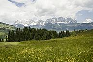 Austria, Tyrol, Mountain landscape at Wilder Kaiser - RN001226