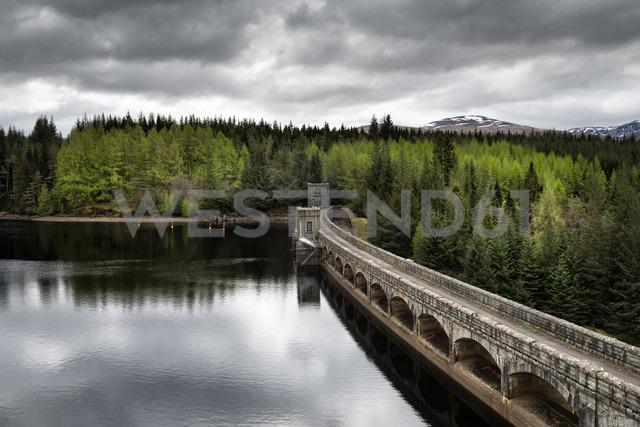 United Kingdom, Scotland, View of Masonry dam - EL000216