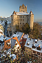 Germany, View of Meersburg Castle covered with snow - SH000819