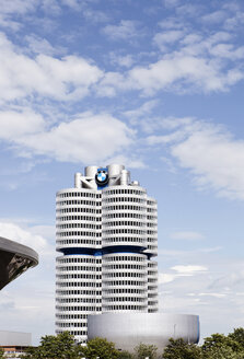 Germany, Bavaria, Munich, View of BMW building with BMW museum in foreground - SK001362