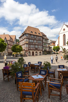 Germany, Baden Wuerttemberg, View of marketplace with city hall - AM000677