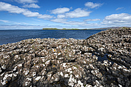 United Kingdom, Scotland, View of Coral beach near Dunvegan - ELF000253