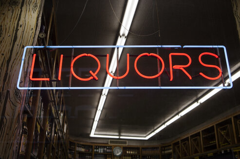 Neon sign liquors - SKF001501