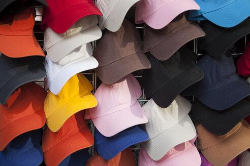 USA, New York, Varieties of baseball caps, close up - SKF001419