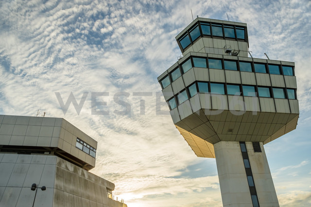 Germany, Berlin, View of Berlin Tegel Airport - FB000082 - Frank Blum/Westend61