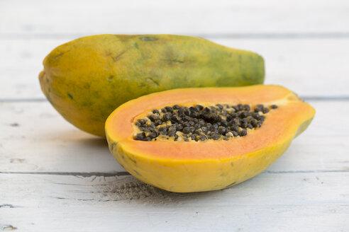 Papayas on table, close up - SARF000073