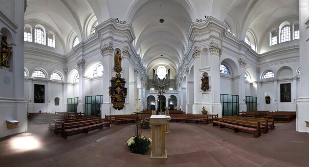 Germany, Bavaria, Wuerzburg, Interior of Haug collegiate church - AM000770