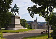Germany, Bavaria, Coburg,  View of Equestrian statue of Ernest II - AM000776