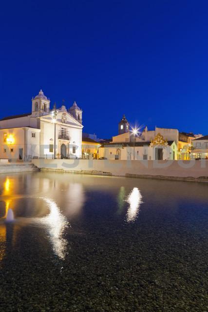 Portugal, Lagos, View of Santa Maria church at night - WDF001917