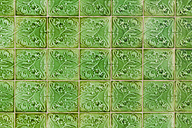 Portugal, Lagos, Ceramic tilework, close up - WDF001907