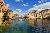 Portugal, Lagos, View of boats at Ponta da Piedade - WD001770