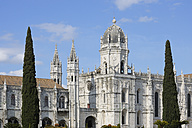 Portugal, Lisbon, Belem, View of Jeronimos Monastery - RUE001118