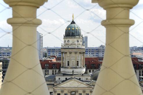 Germany, Berlin, View from Franzoesischer Dom to Deutscher Dom - MIZ000365