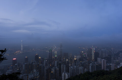China, Hong Kong, View of skyline - SJ000045