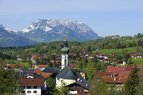 Germany, Bavaria, View of Parish Church - LH000264