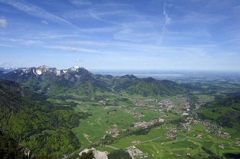 Germany, Bavaria, Ruhpolding, View of Chiemgau region - LHF000272