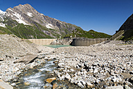 Austria, Mooserboden with masonry dam, the lake Mooserboden and peak Kitzsteinhorn - STSF000094