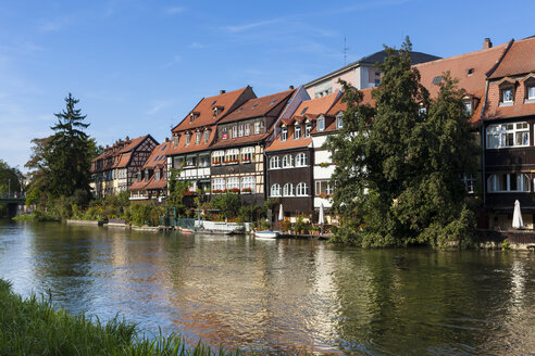 View of Little Venice on the Regnitz, Bamberg, Bavaria, Germany - AM000903