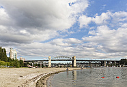 Canada, British Columbia, Vancouver, Burrard Bridge at Sunser Beach - FOF005159