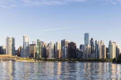 Canada, British Columbia, Vancouver, Skyline - FOF005200
