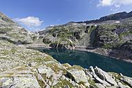Austria, Carinthia, Obervellach, Upper Tauern, Reisseckgruppe, Kleiner Muehldorfer See - SIEF004353