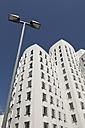 Germany, North Rhine-Westphalia, Dusseldorf, View of Gehry Buildings at Media Harbour - WI000020