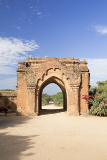 Myanmar, Bagan, View of a stone archway - DR000182