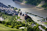 Germany, Rhineland-Palatinate, Oberwesel, View of Schoenburg Castle at high water, aerial photo - CS019985
