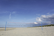 Germany, Lower Saxony, East Frisia, Langeoog, volleyball net at the beach - JATF000351