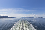 Canada, British, Columbia, Vancouver Island, Inside Passage - Port Hardy, Prince Rupert, wake of a ferry - FOF005339