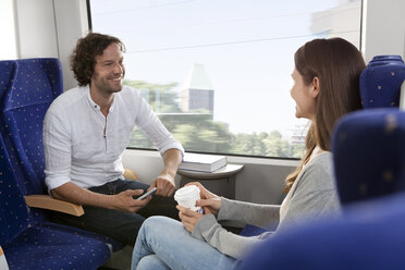 Couple in a train - KFF000241