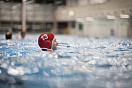 Water polo player in water - SEF000070