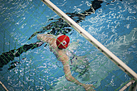 Water polo goalkeeper in water - SEF000051