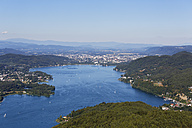 Austria, Carinthia, View form Pyramidenkogel to Woerthersee with Klagenfurt - SIE004476