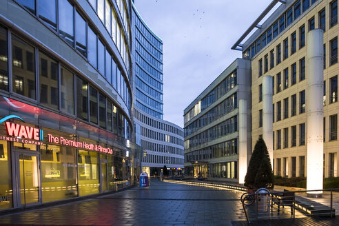 Germany, Hesse, Frankfurt, Building complex Die Welle - AM000938