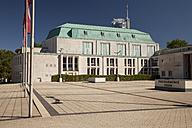 Germany, North Rhine Westphalia, Essen, view to philharmonic hall, - WI000113