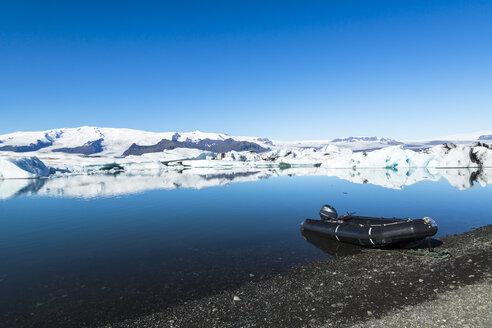 Iceland, Austurland, Jokulsarlon Glacial Lagoon near Vatnajokull National Park - STSF000154
