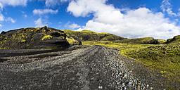 Iceland, Sudurland, Landmannalauger, Street through volcanic highland - STSF000178