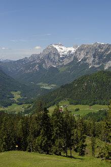 Germany, Bavaria, Berchtesgaden Alps, near by Ramsau, Reiter Alpe, View to Hochkalter - LB000385