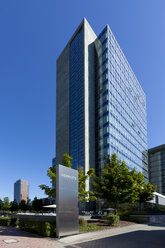 Germany, Hesse, Frankfurt, office location Niederrad, view to Herriot's building - AM000973