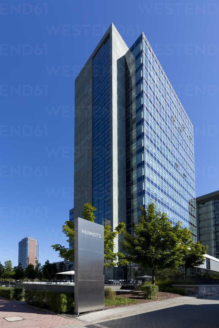 Germany, Hesse, Frankfurt, office location Niederrad, view to Herriot's building - AM000973 - Martin Moxter/Westend61