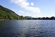 Germany, North Rhine-Westphalia, quarry pond  in the Weserauen - HOHF000246